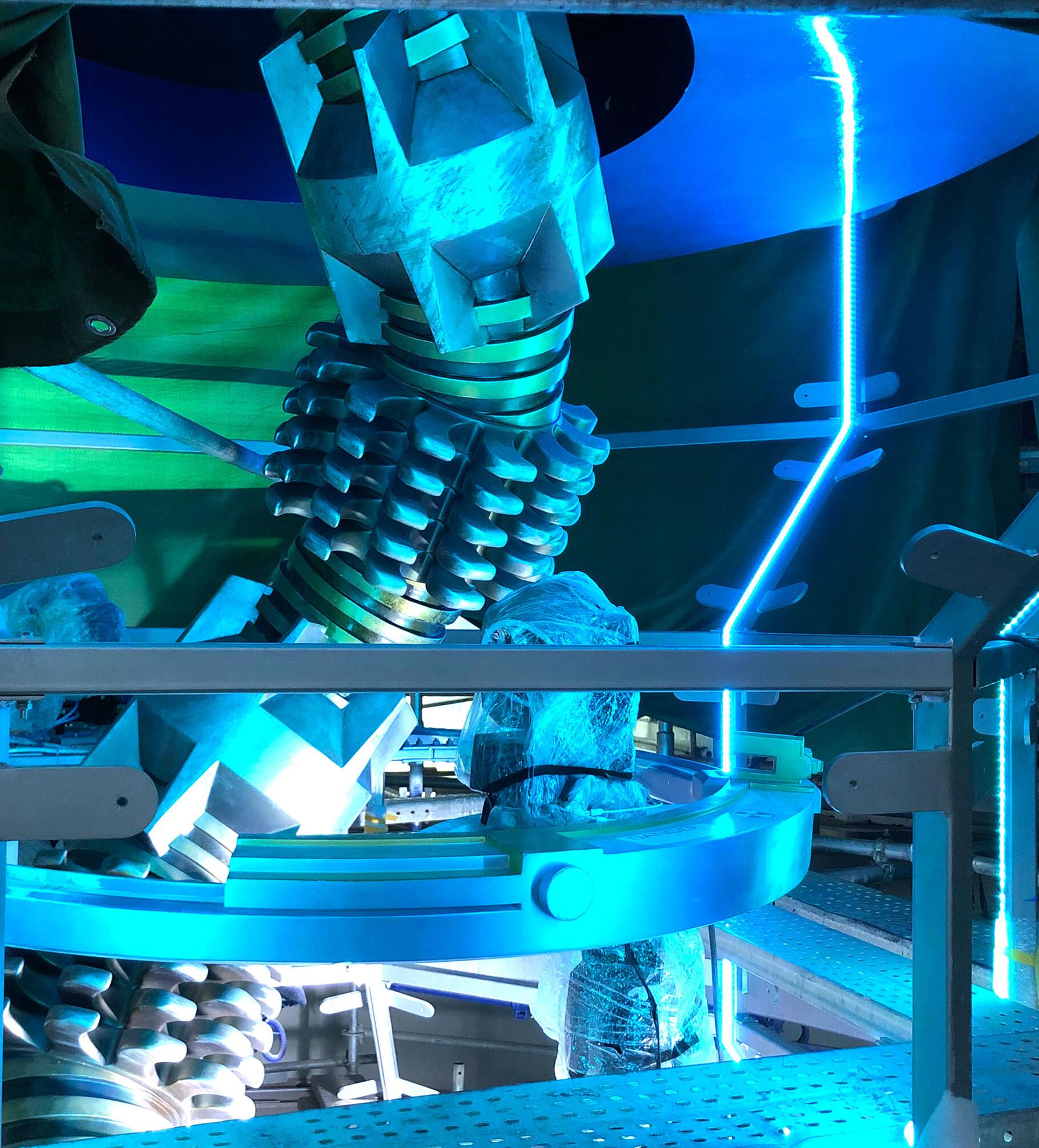 universal-studios-beijing-84342000.jpeg